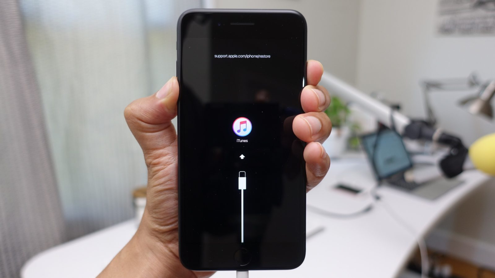 Fix iPhone XS, XS Max and XR All Problems: